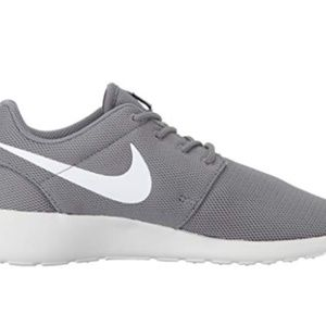 Brand New Nike Rosh Shoes